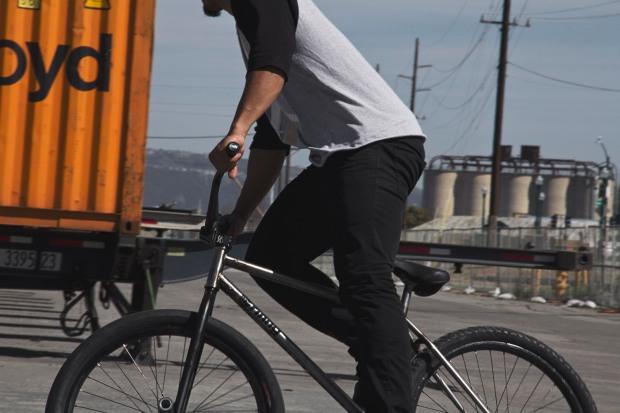 DevonLawson_UsVersusThem_WheelTalk_BikeCheck3