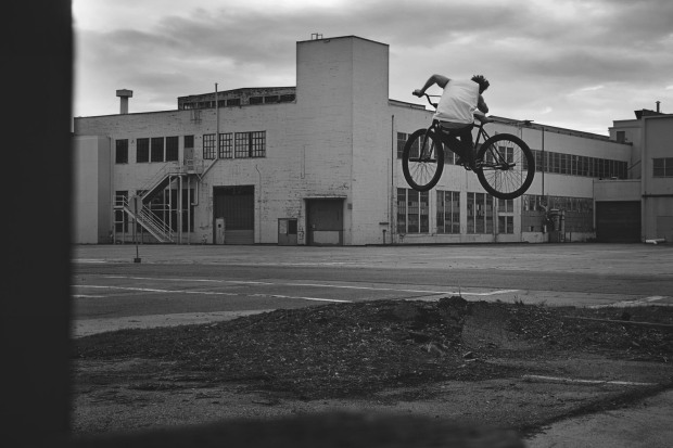 MattReyes_FGFS_Alameda2014_UpRootedCement_BW
