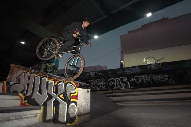 EdWonkaLaforte_FGFS_SomaWestSkatepark2015_NoseOver3_DerekChamberlainPhoto