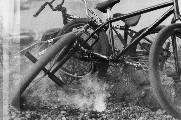 35mm_FGFS_WheelTalk_TURF_IndependenceDay2015_BikePile